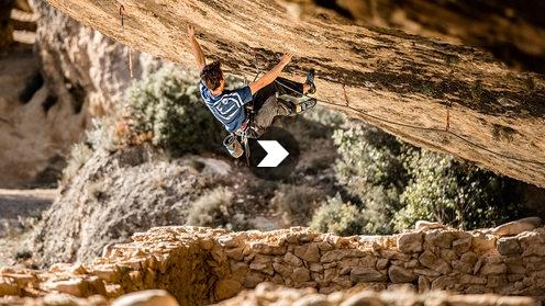 Stefano Ghisolfi climbs Demencia senil, 9a+, Margalef, Spain